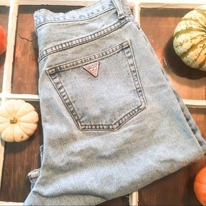 VINTAGE 1990s GUESS HIGHWAISTED JEAN SHORTS
